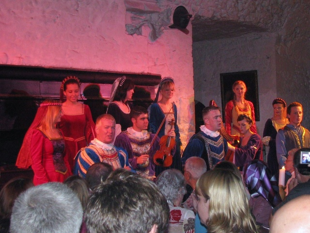 Bunratty - Bunratty Castle - Dinner Entertainment3.jpg